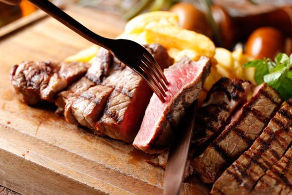【終了】11月29日は「いい肉の日」!中州「on A TABLE」で希少部位が半額です!