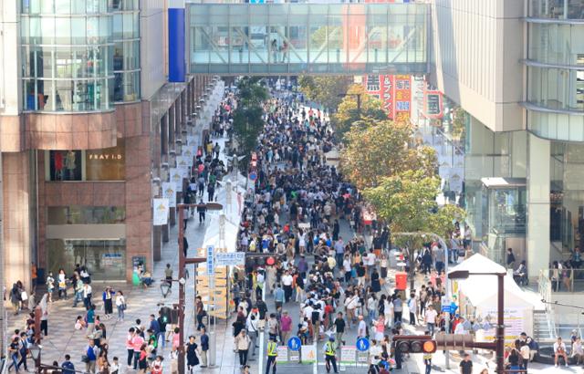 天神きらめき通りが歩行者天国に!「FUKUOKA STREET PARTY 2019~Fashion Avenue~」開催